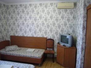 www.hotel-katyusha.ru Комната №6. 2 этаж. Гостевой дом КАТЮША. Миллерово. Ростовская область. Трасса М-4 ДОН
