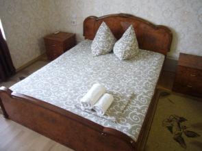 www.hotel-katyusha.ru Комната №8. 2 этаж. Гостевой дом КАТЮША. Миллерово. Ростовская область. Трасса М-4 ДОН